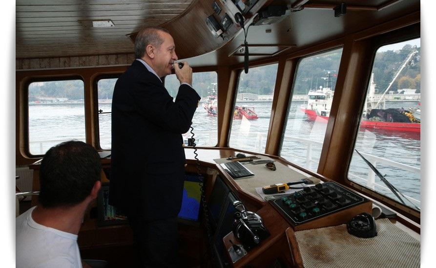 bursa-haber-turkiyecumhurbaskani-recep-tayyip-erdogan-balikcilarla-birlikte-ava-cikti-3